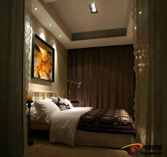 卧室 咖啡色窗帘
